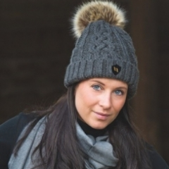Back On Track Amanda Bobble hat